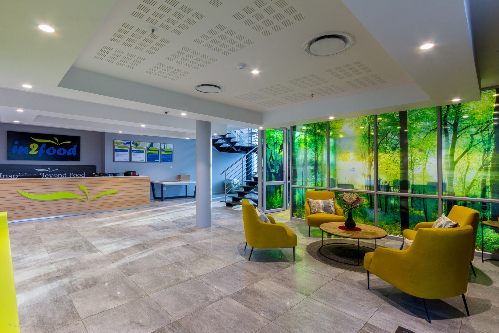 RHPX_Portfolio_Airport In2Food Interior-5