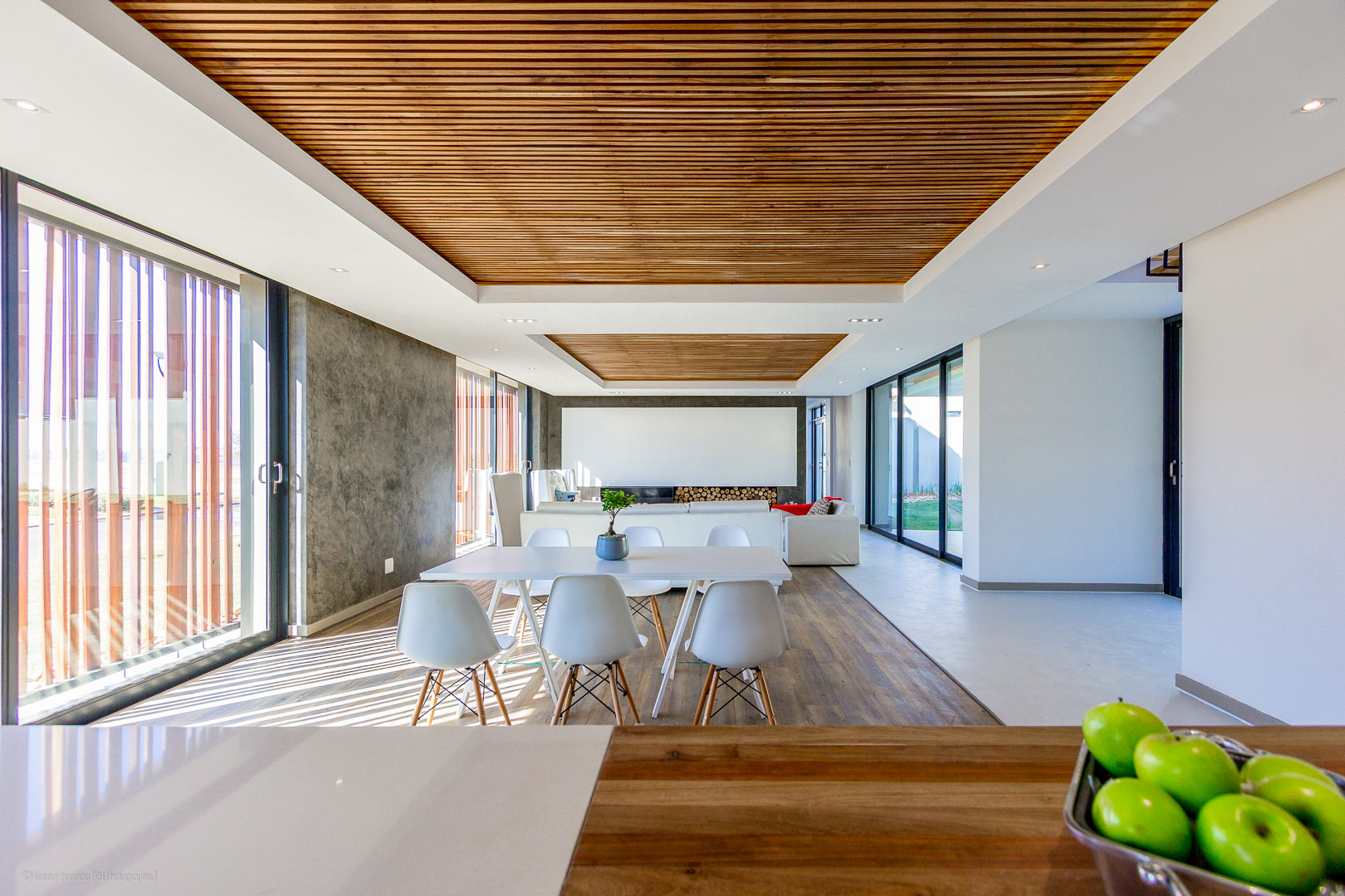 RHPX_Portfolio_Avant Garde Farmhouse Interior-3