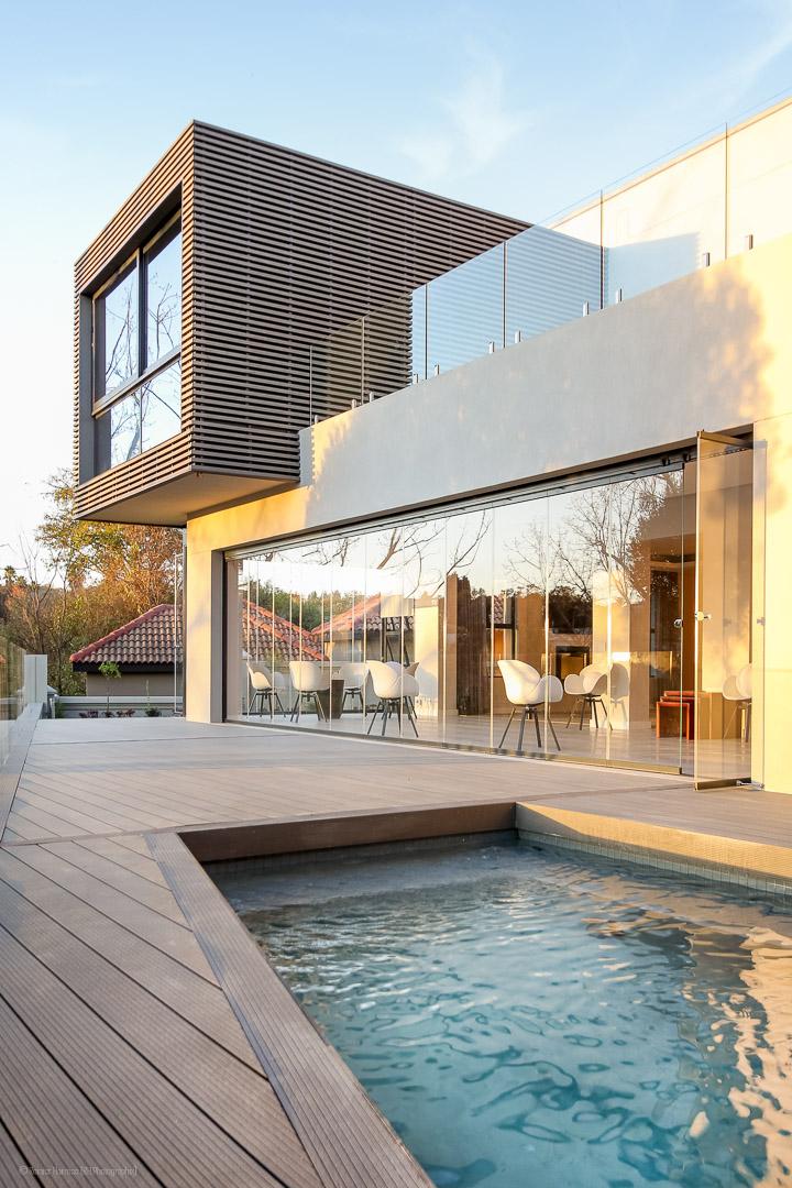 RHPX_Portfolio_Dainfern House S-12
