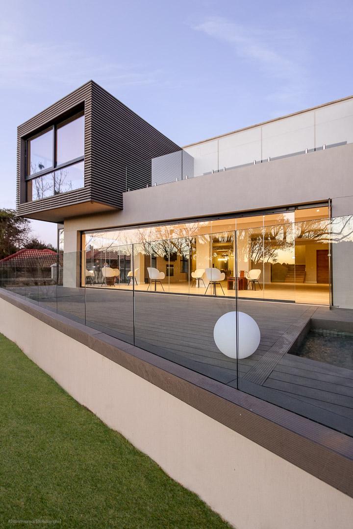 RHPX_Portfolio_Dainfern House S-13