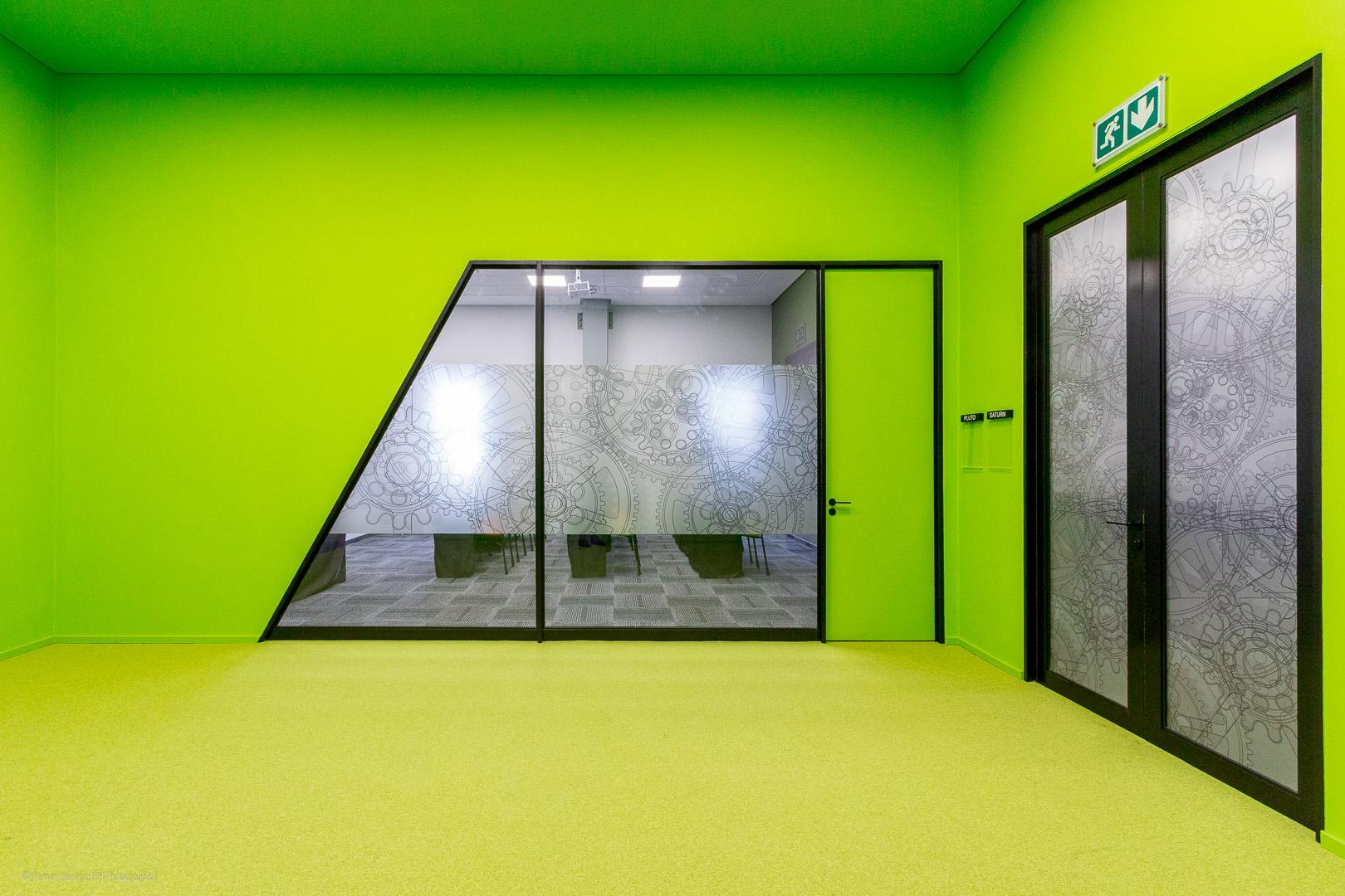 RHPX_Portfolio_Focus Rooms Interior-3