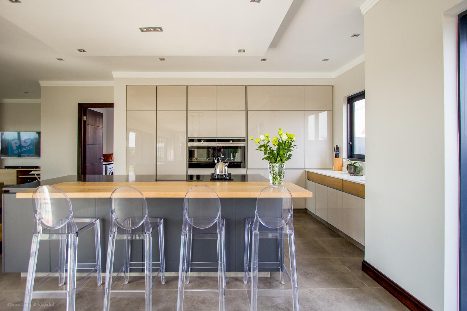 RHPX_Portfolio_House VBS Interior-2