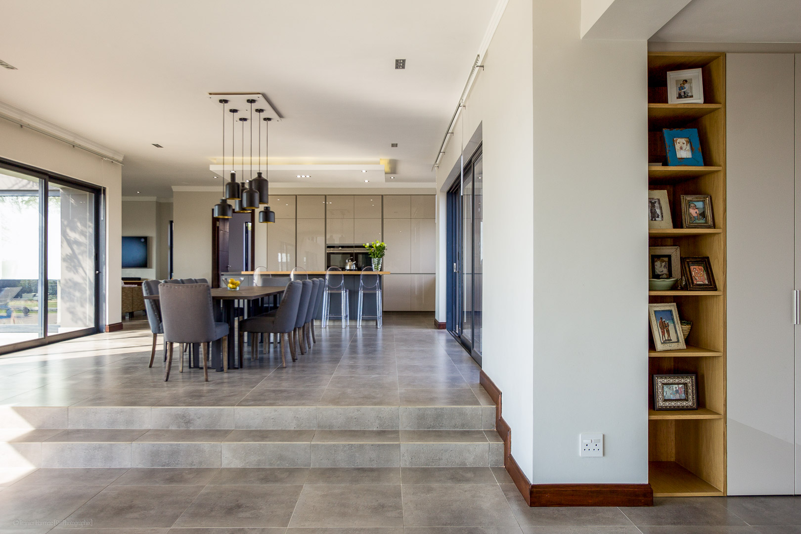 RHPX_Portfolio_House VBS Interior-3