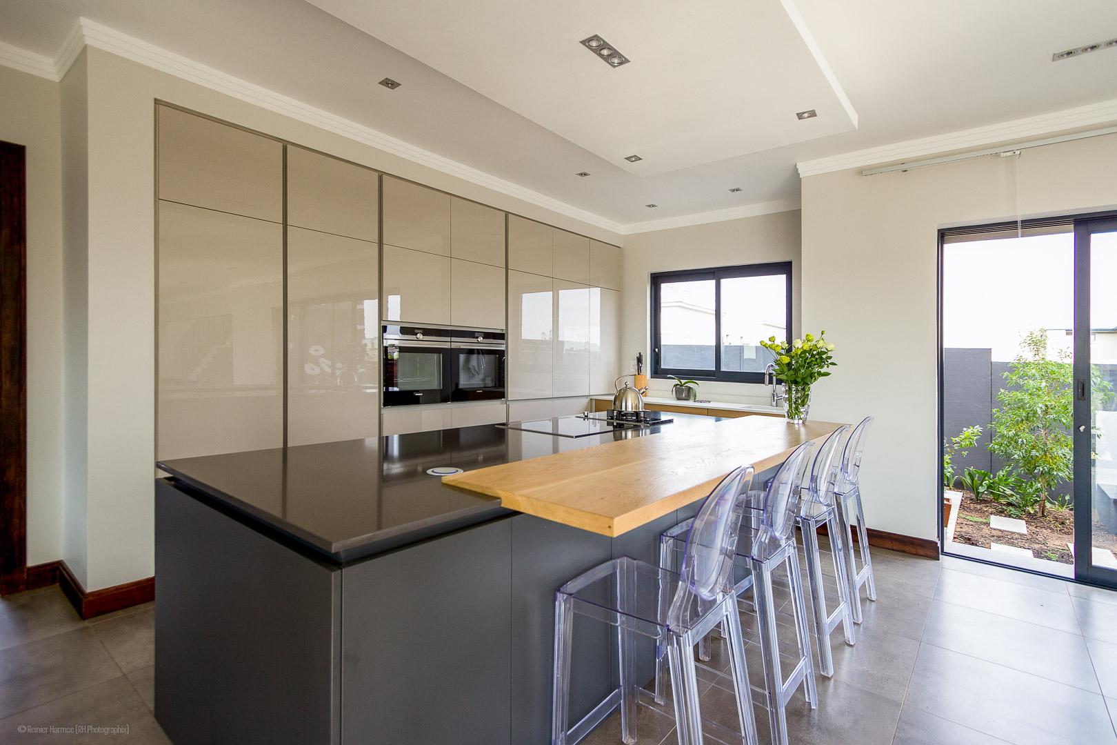 RHPX_Portfolio_House VBS Interior-4