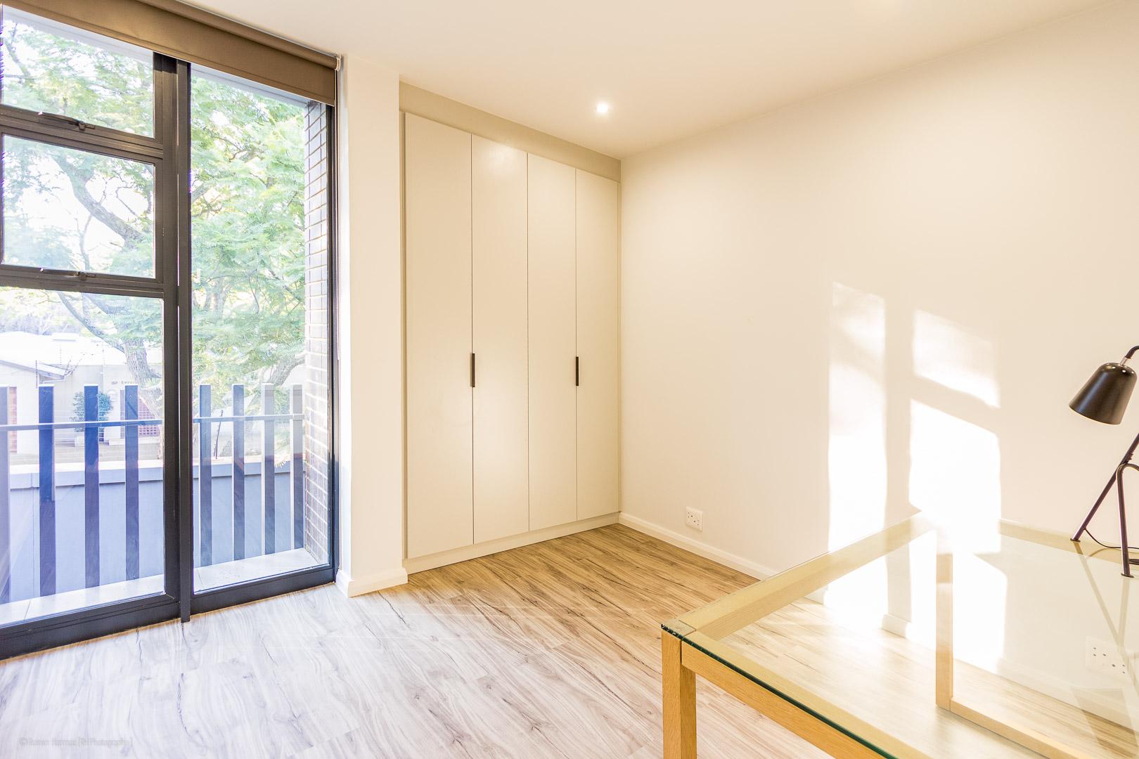 RHPX_Portfolio_Melrose Living Interior-11