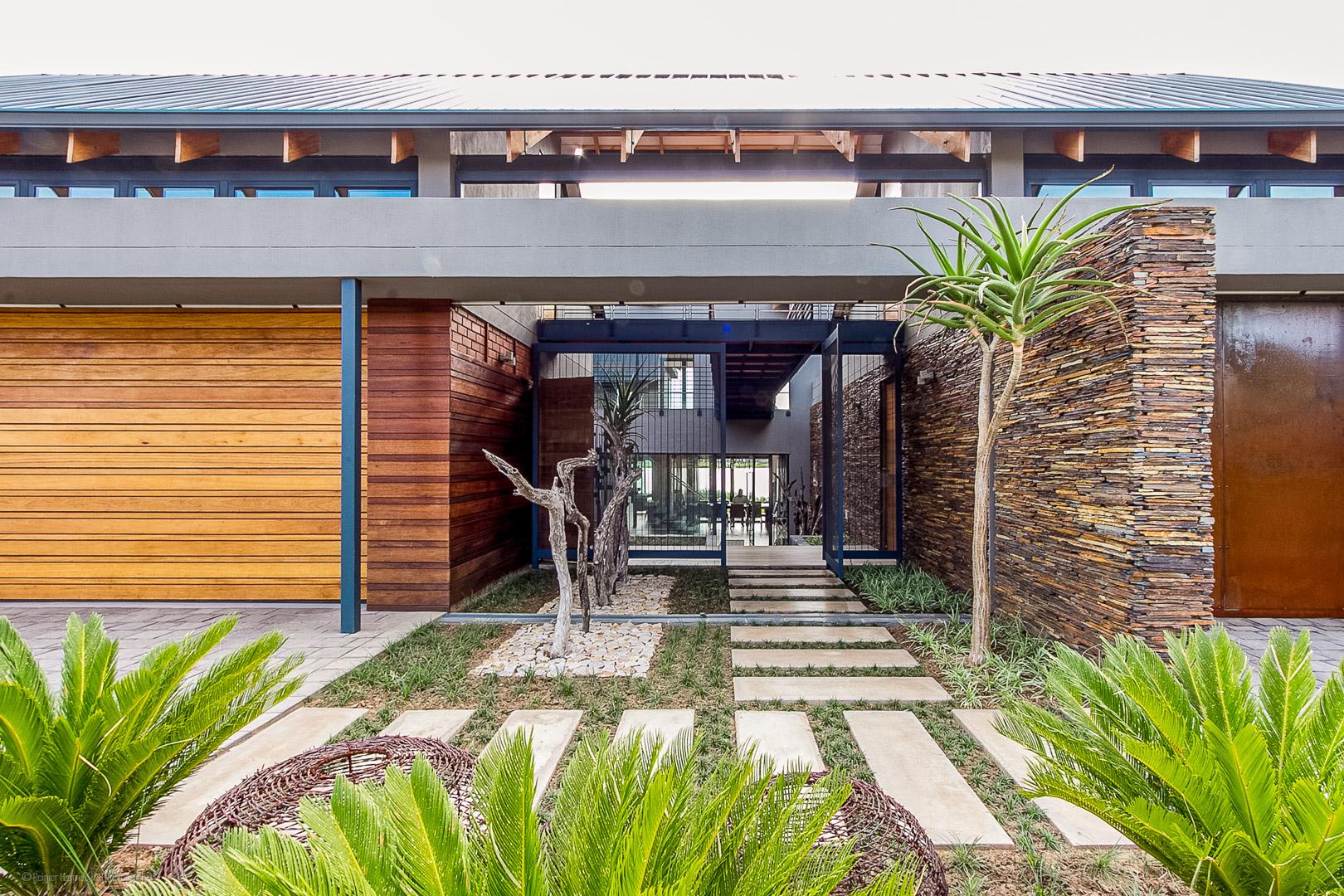 RHPX_Portfolio_Waterside Residence-4